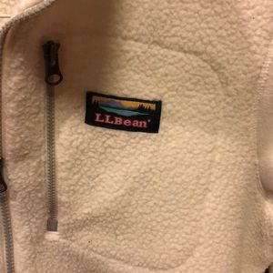 L.L. Bean Jackets & Coats - L.L Bean white cozy fleece, size medium